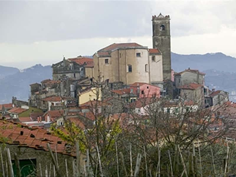 Santo Stefano Di Magra Italy  City pictures : ... Santo Stefano di Magra The Magra Valley Liguria Italy Traveller