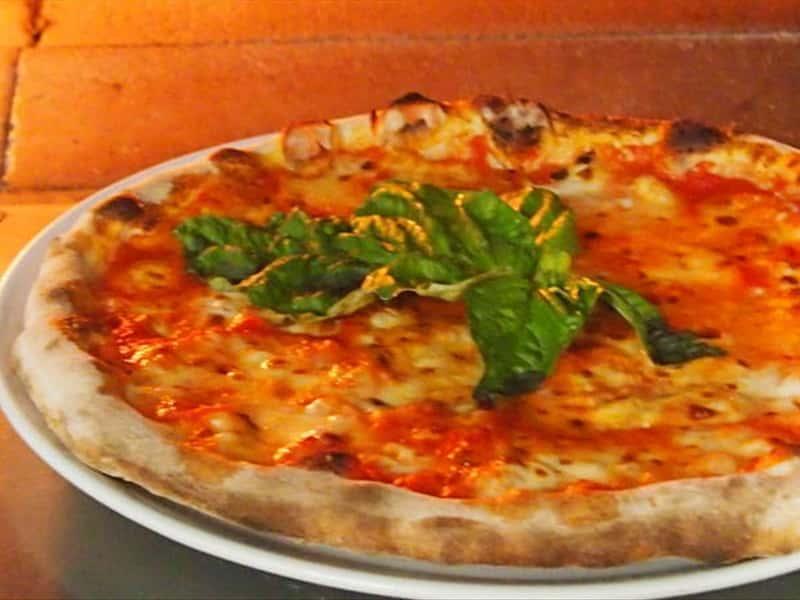 Al valico di chiunzi pizza and restaurant restaurants in for Amalfi coast cuisine