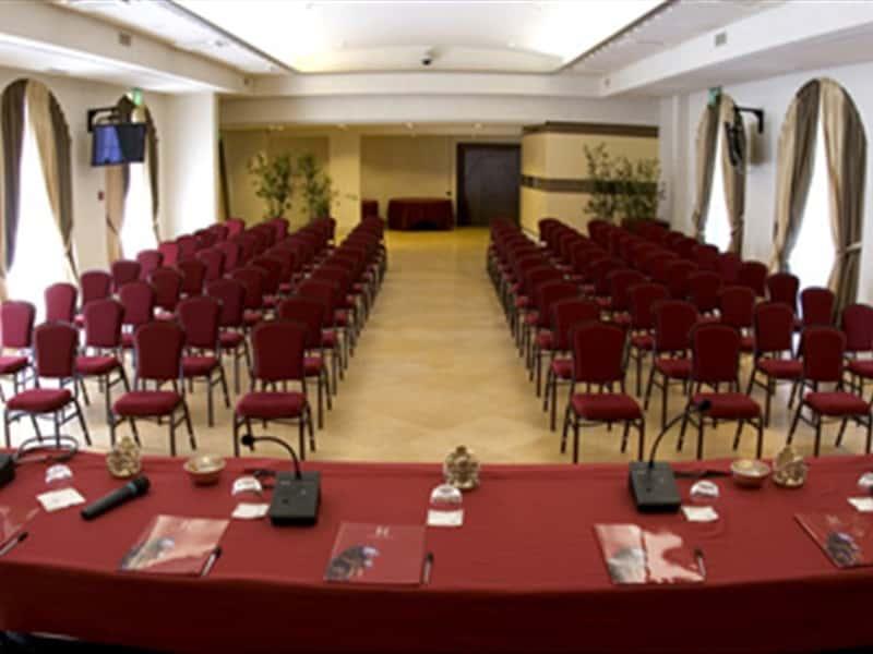 Matrimonio Romano Palace Catania : Hotel romano palace catania alberghi in il