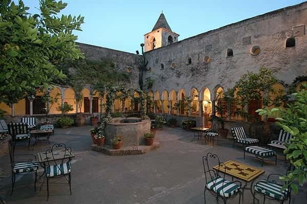 HOTEL DEL MONASTERO  NEAR TURIN/GENOA