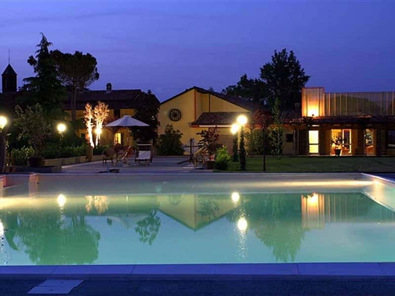 Swimming Pool Night View - Piscina Vista notturna